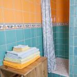 salle de bain de la cabane de Lautrec, location à Claouey
