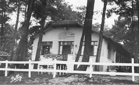 La maison des journalistes à Claouey, ancienne carte postale.